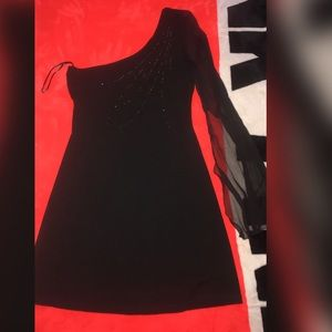 BEBE LITTLE BLACK DRESS SIZE MEDIUM